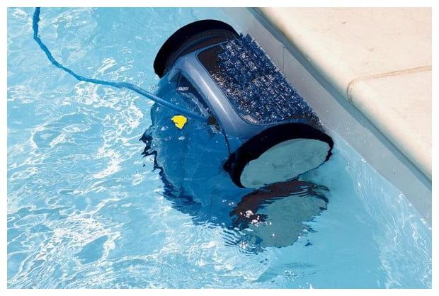 Robot piscine un choix de nettoyage abordable mopcom for Robot de piscine