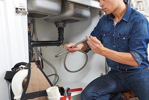 3 avantages de programme d'entretien régulier de plomberie