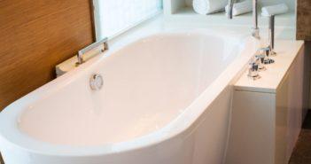 5 conseils pour déboucher une canalisation de baignoire