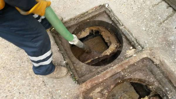 Risers de fosses septiques vs regards
