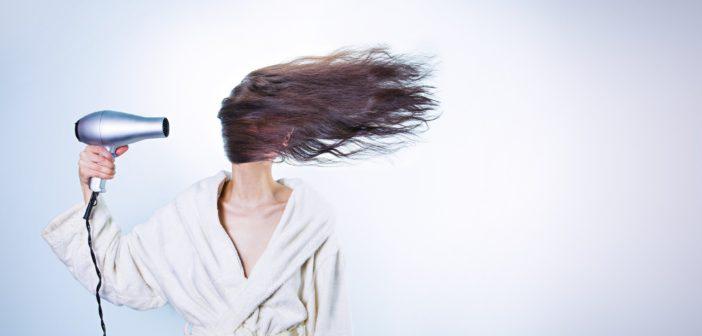 4 astuces pour faire pousser ses cheveux plus vite!